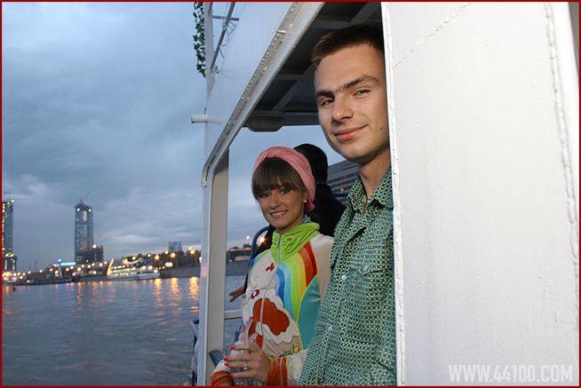 Женя Соболева и Дима Караваев на вечеринке